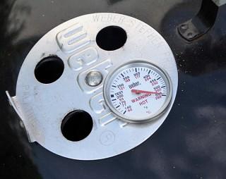 Weber Holzkohlegrill Deckel : Deckelthermometer für weber holzkohle kugelgrills zum nachrüsten