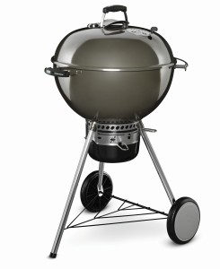 Weber Master Touch GBS smoke