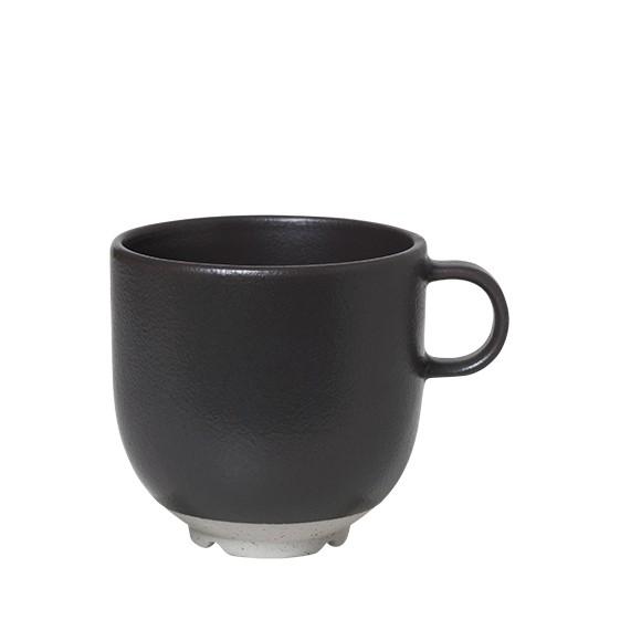Broste Copenhagen Tasse mit Henkel Eli - charcoal matt
